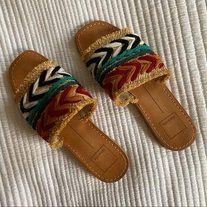 dolce vita • woven sandals/flats